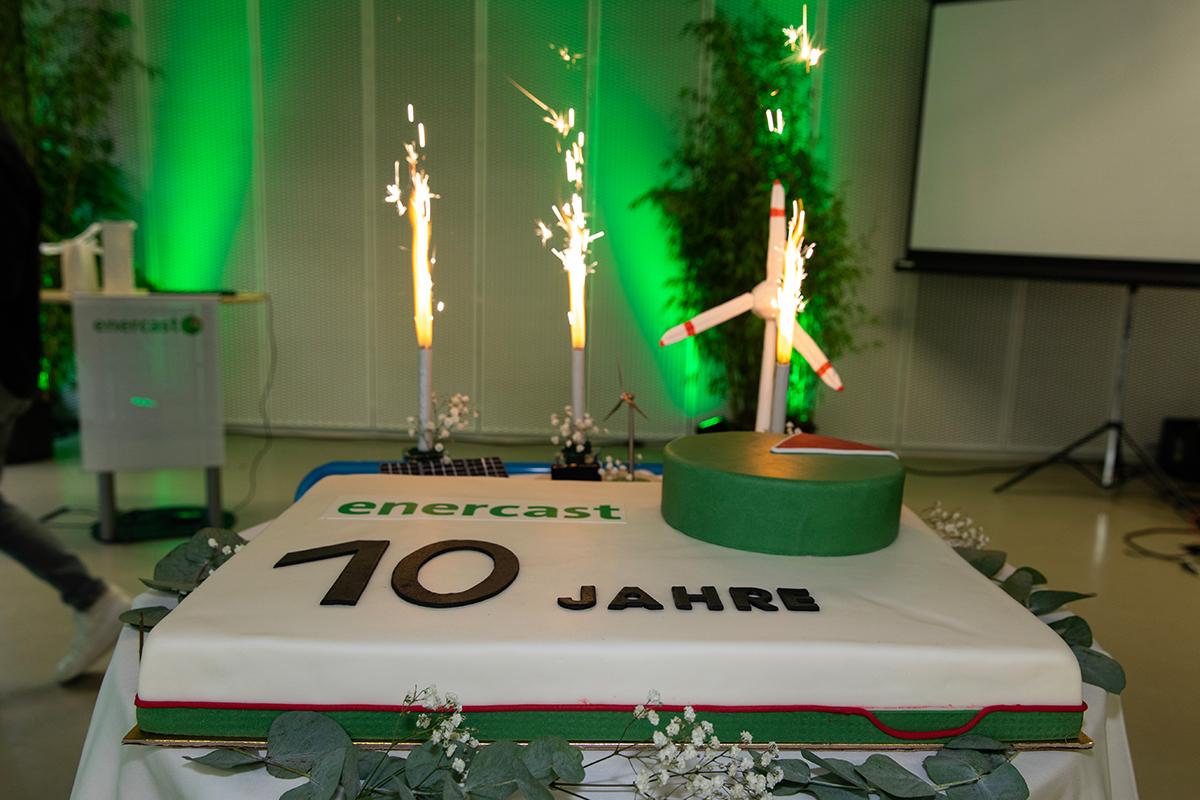enercast 10 cake